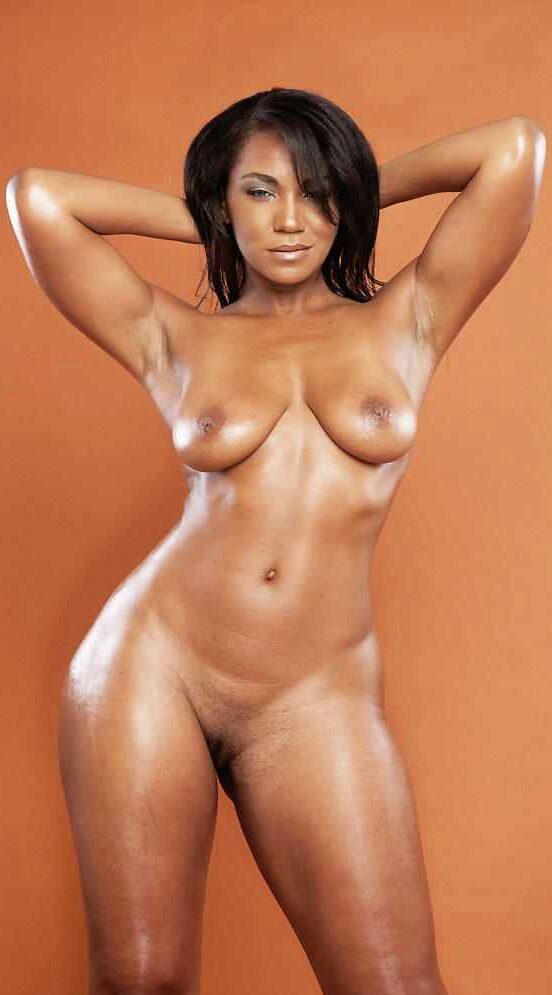 sexy-femme-noire-du-83-pour-sexe-hard