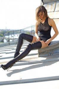 belles-photos-de-femmes-cuissardes-217-768×1155