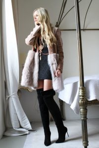 blog-femme-en-bottes-cuissarde-120