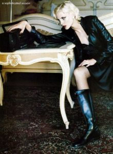 femme-en-cuissardes-photos-017