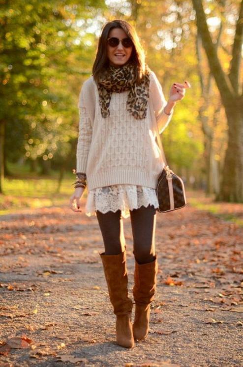 femmes-belles-en-cuissardes-cuir-065