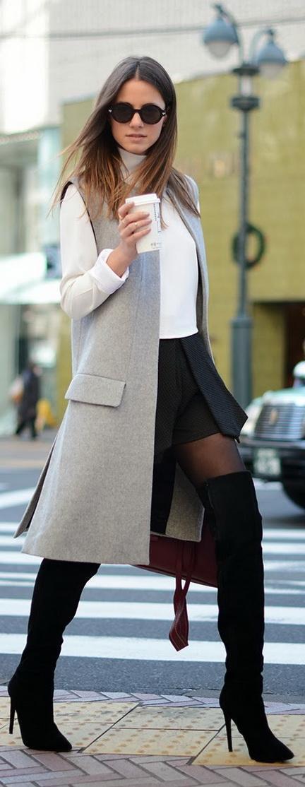 femmes-belles-en-cuissardes-cuir-114