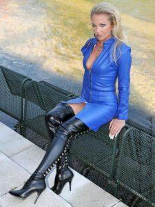 femmes-look-sexy-en-cuissardes-078