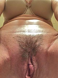 beau sexe velu de meuf chaude du 81