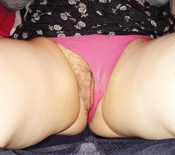 femme au sexe poilue du 15 nue en photo