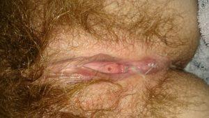 femme au sexe poilue du 33 nue en photo