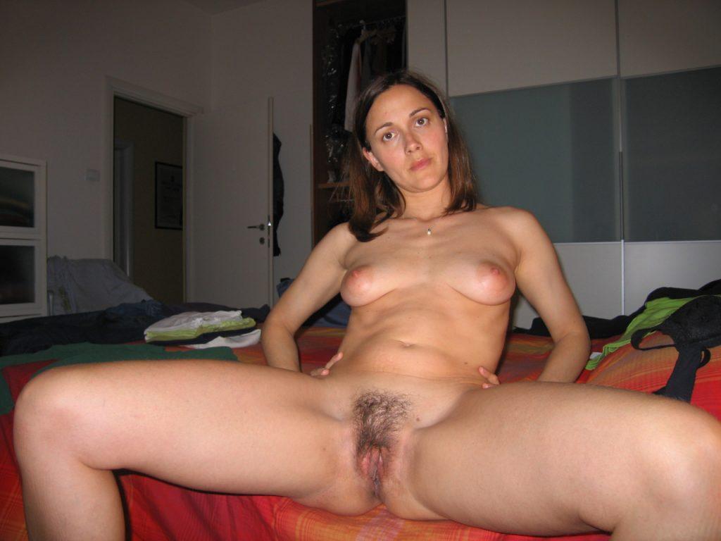 le sexe Bonga fille nue sexe