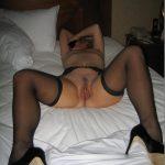 fille nue au vagin poilue dans le 58 image sexe