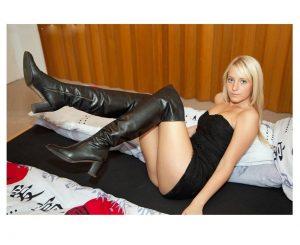 blog-femme-en-cuissardes-sm-014