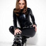femme-cuissardes-cuir-033