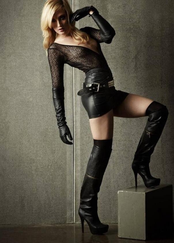 femme-cuissardes-cuir-096