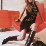 femme-en-bottes-cuissardes-087