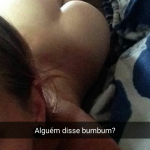 fille-du-07-se-met-nue-en-photo-sur-snap-hot
