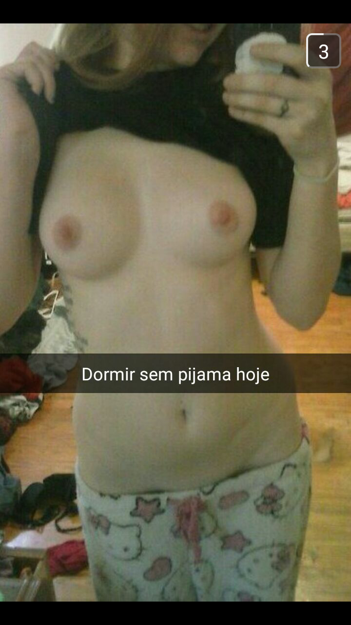 fille-du-40-se-met-nue-en-photo-sur-snap-hot