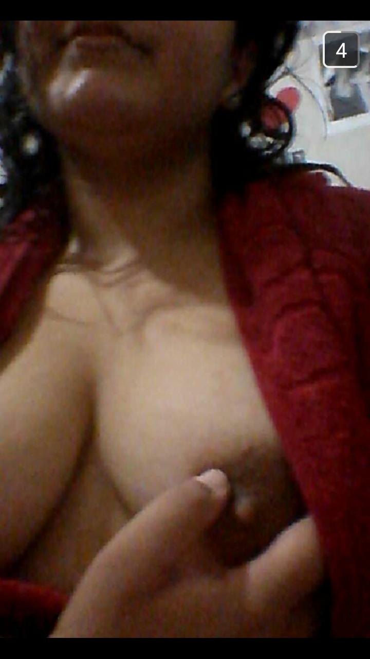 snapchat-de-cochonne-du-58-nue-et-sexy