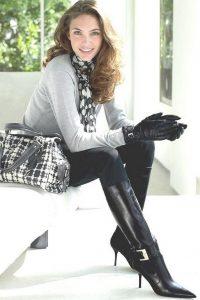 belles-femmes-en-cuissardes-061