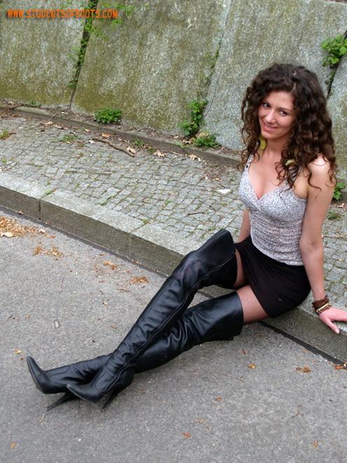blog-adulte-de-femme-en-cuissardes-083