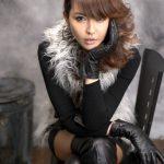 femme-cuissardes-cuir-026