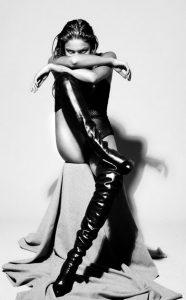 blog-femme-en-cuissardes-sm-025