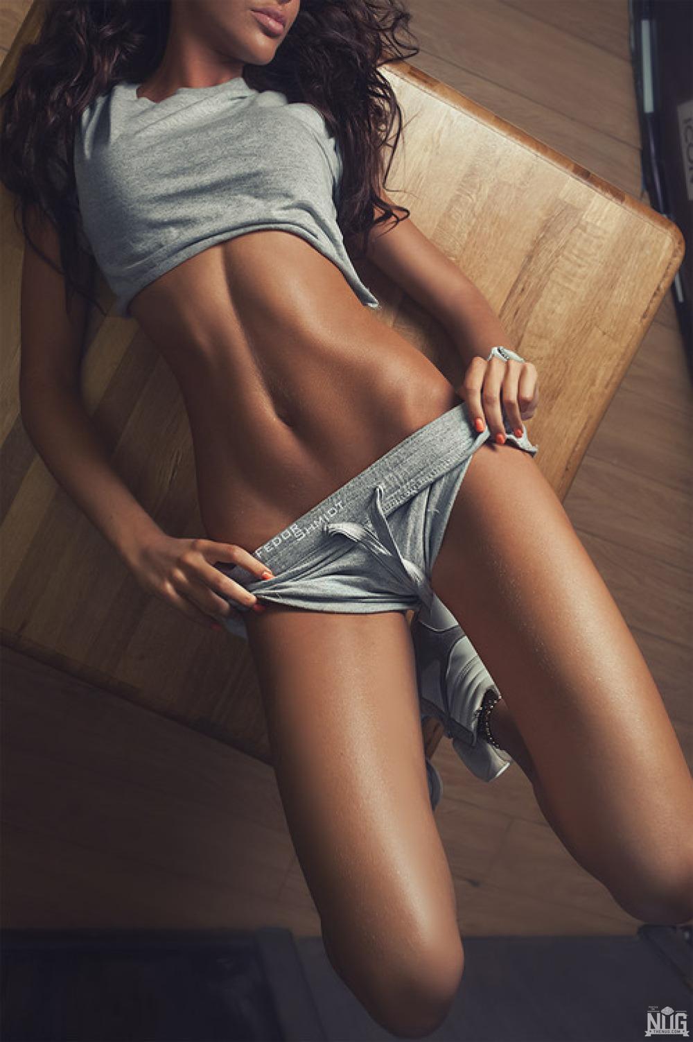 femme du 03 sexy en lingerie érotique