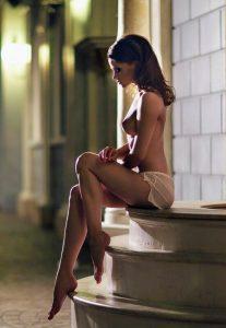 femme du 08 partage nude coquin