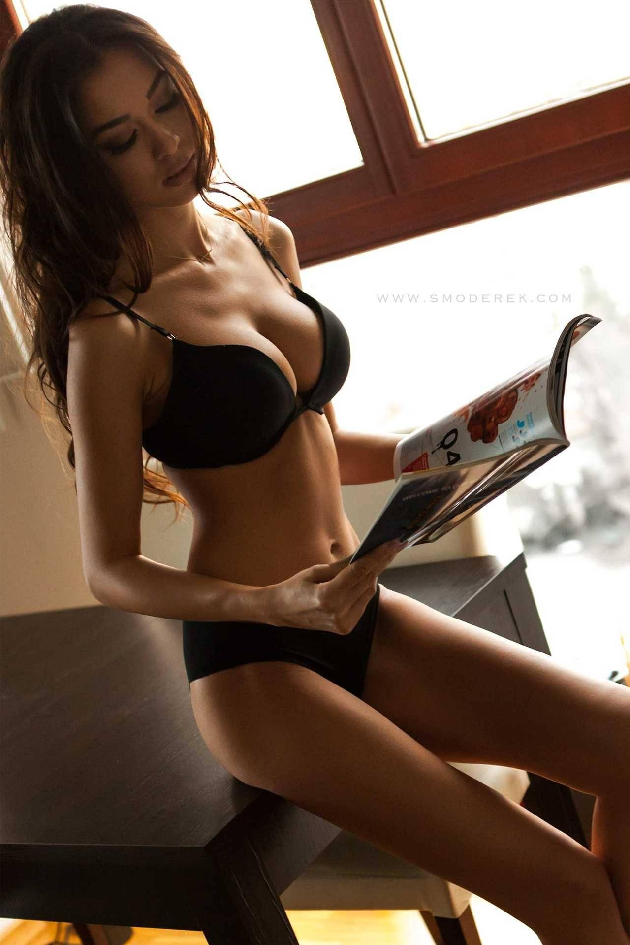 femme du 08 sexy en lingerie érotique