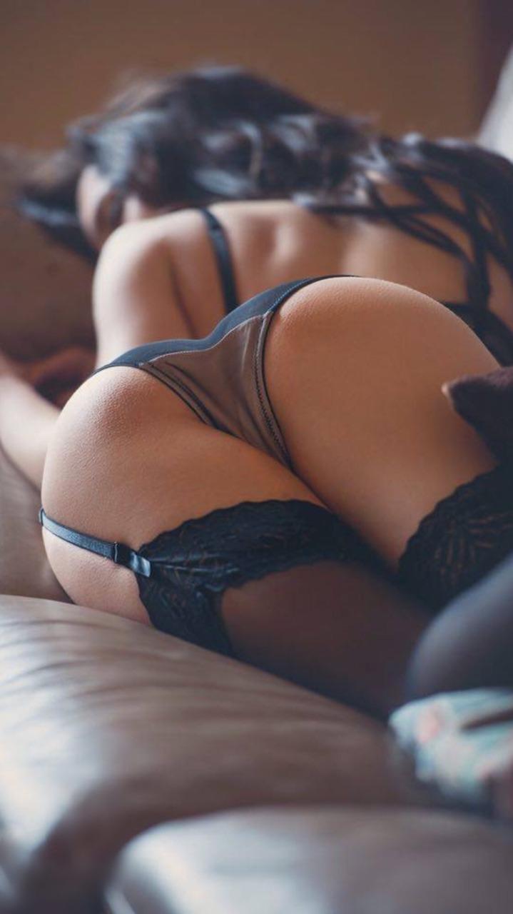 femme du 52 sexy en lingerie érotique