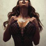 femme du 81 sexy en lingerie érotique