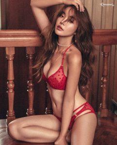 jeune femme du 39 très hot
