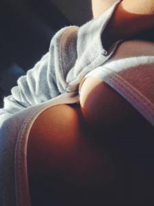 Belle poitrine pour tchat et sexe